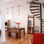 Những mẫu thiết kế cầu thang đẹp dành cho nhà ống